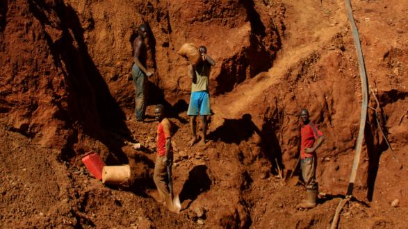23 illegal miners feared dead in Zimbabwe mine flood