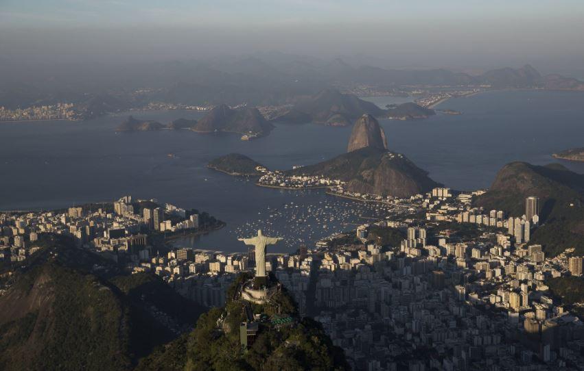 Brazil proposes minimum retirement age amid social security reform