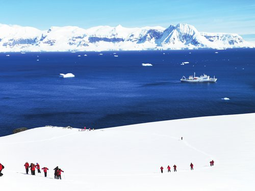 Antarctic trips attract China's social elites