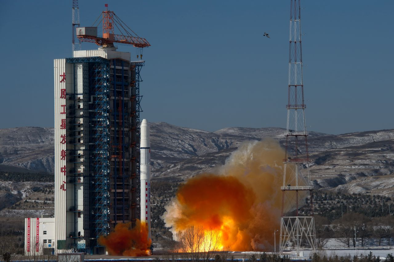 China to launch first rocket for commercial missions in H1