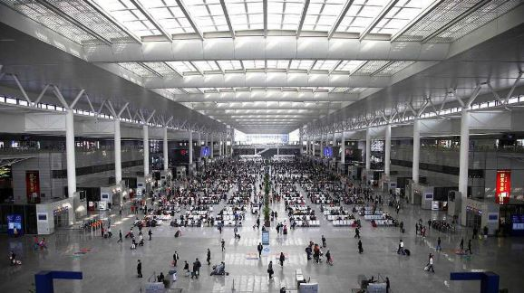 China launches 5G network in Shanghai railway station