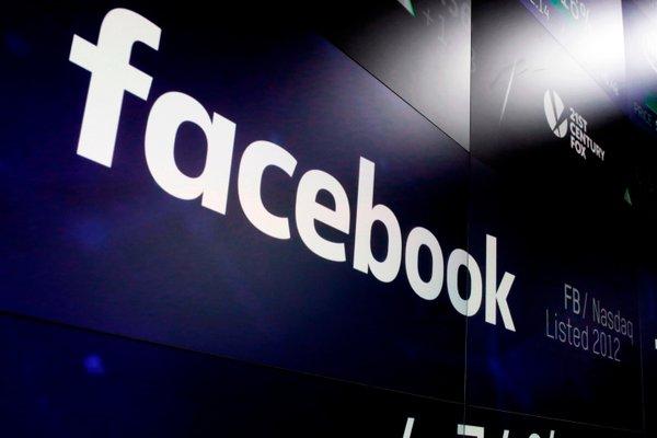 Kremlin condemns blocking RT channels by Facebook