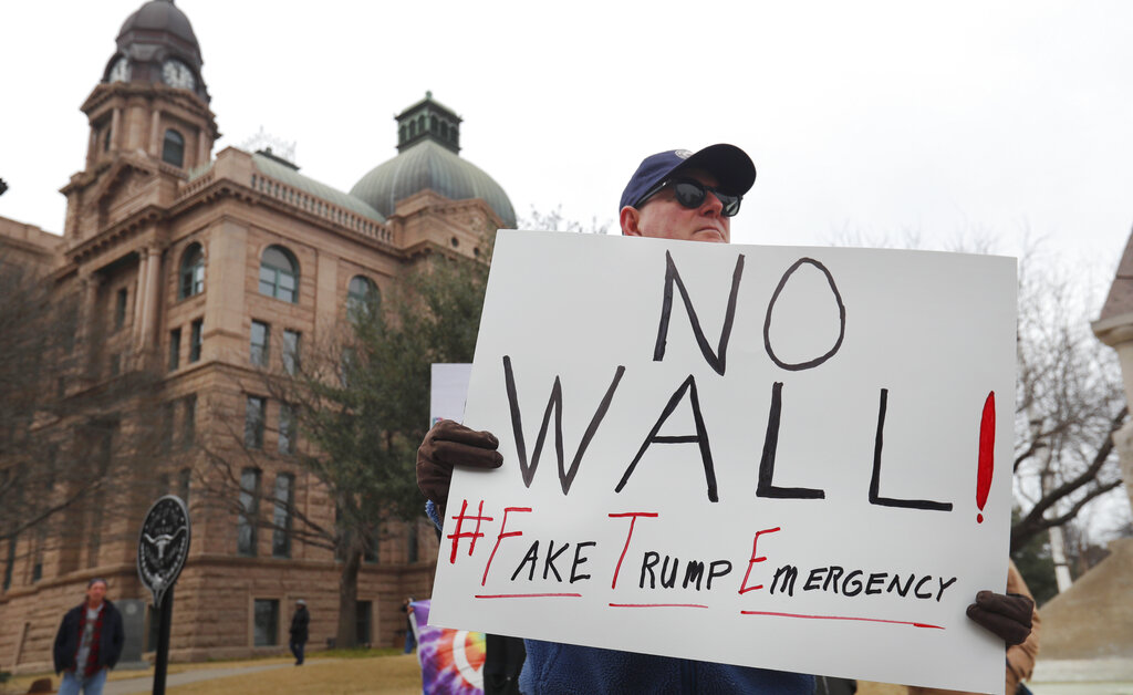 16 states sue Trump over emergency wall declaration