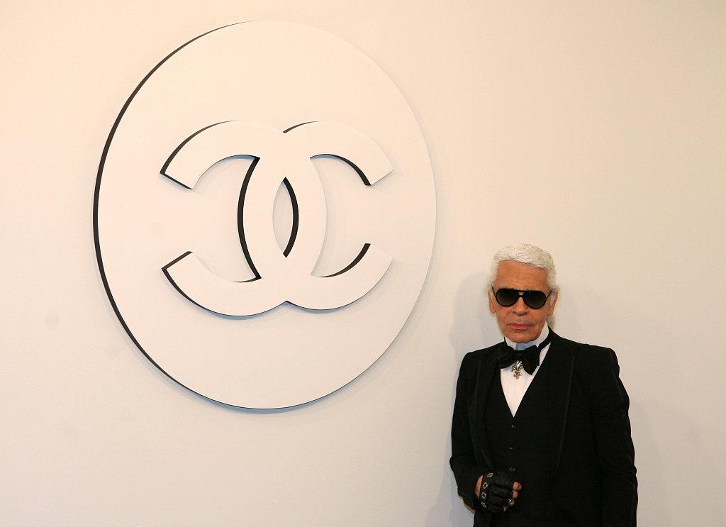 Legendary couturier Karl Lagerfeld dies at 85