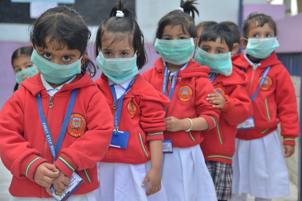 Over 370 people feared to have died of swine flu in India