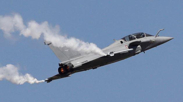 Pilot dead as 2 aircraft crash in India during aerobatics practice