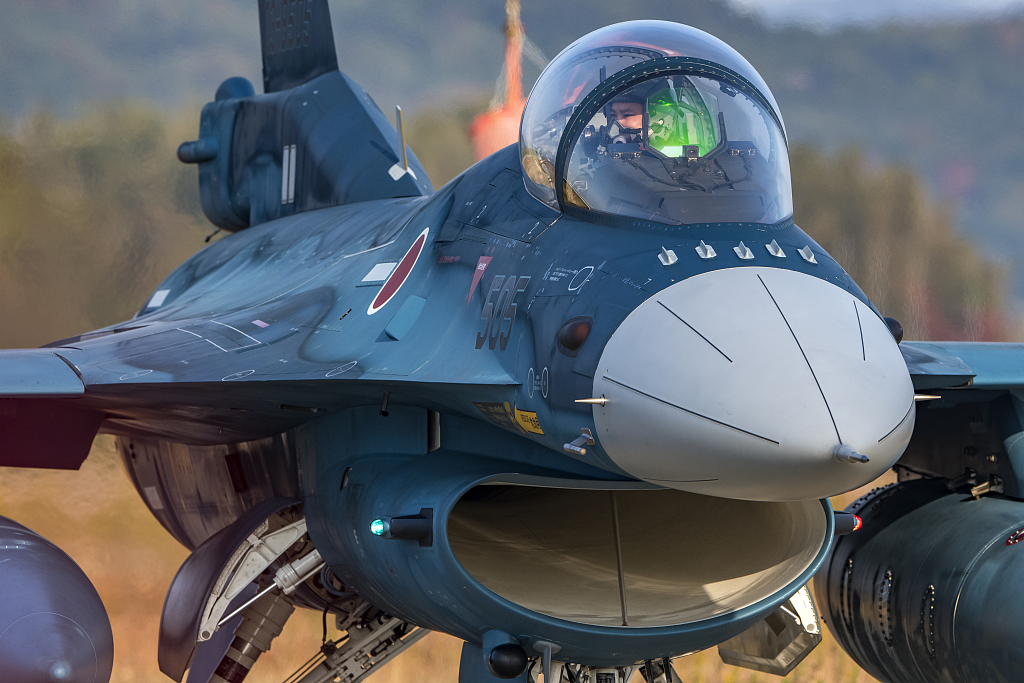 F-2 fighters.jpg