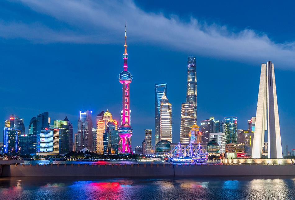 Shanghai residents top nation in disposable income