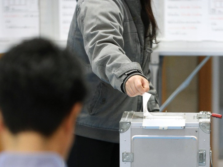 Japan's Okinawa votes on controversial US base move