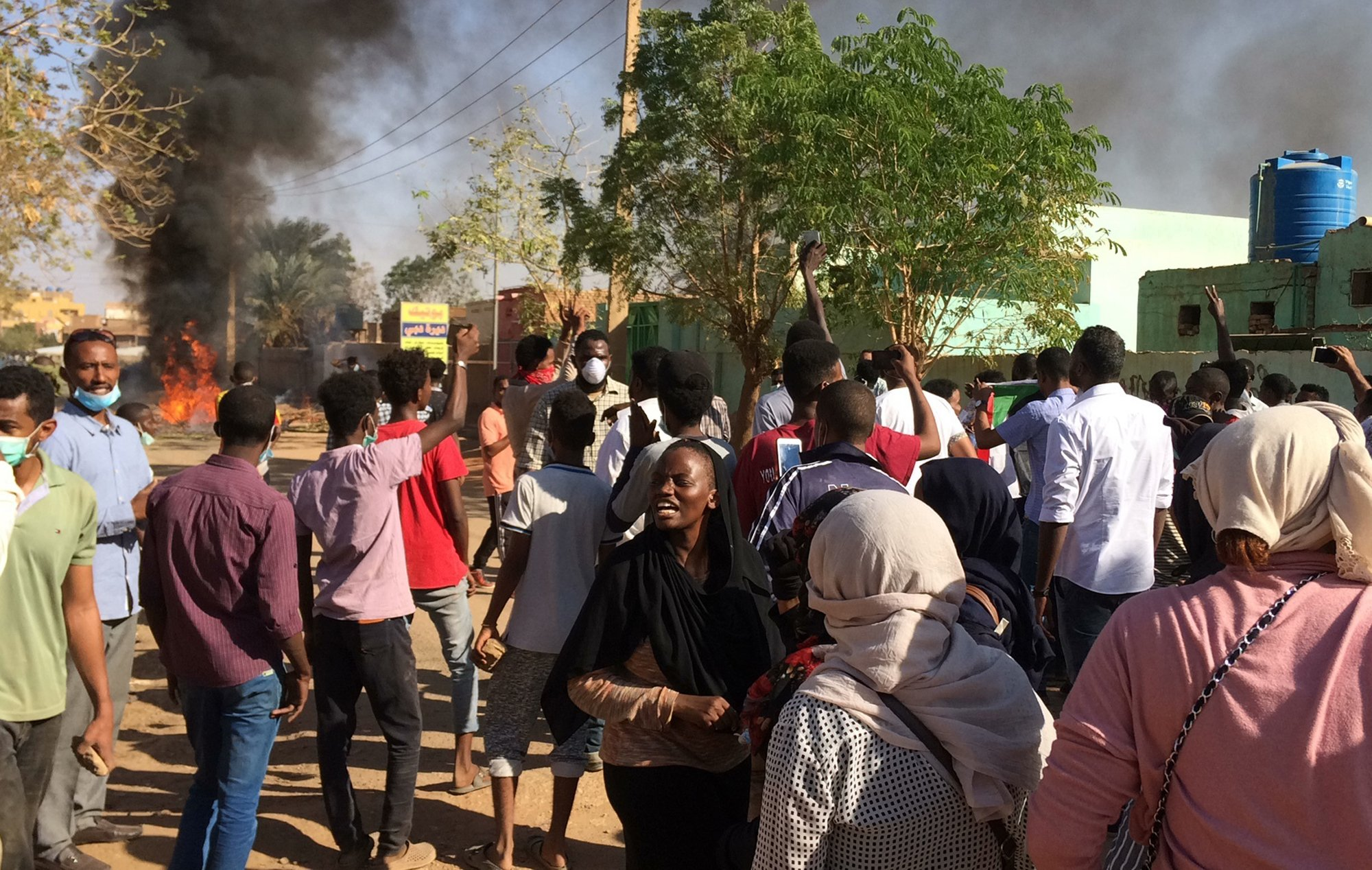 Sudanese president issues 5 emergency orders amid growing protests