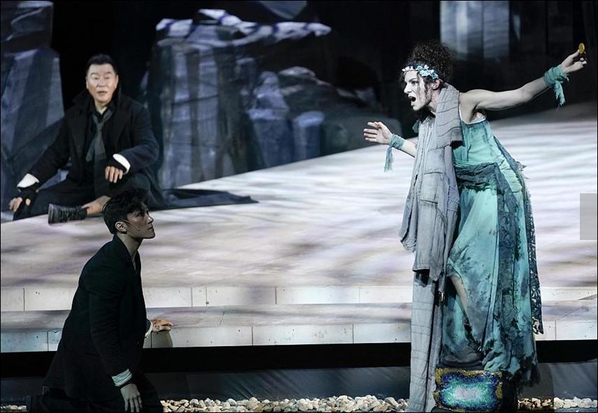 'Agamemnon' amazes audiences in Beijing