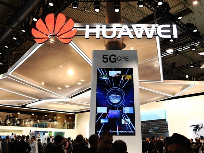 Huawei unveils next generation transmission solution after winning big at MWC awards