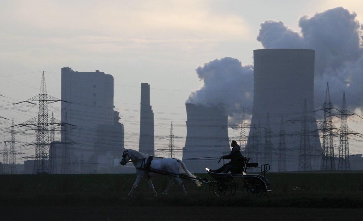 Australian researchers turn CO2 back into coal