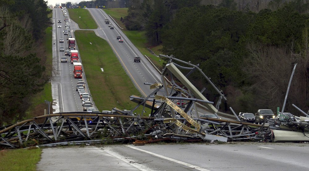 14 dead as tornadoes, severe storms hit US southern states