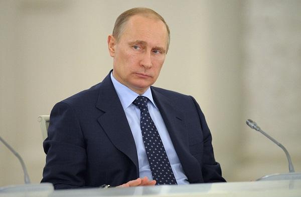 Putin signs decree suspending Russia's participation in INF Treaty