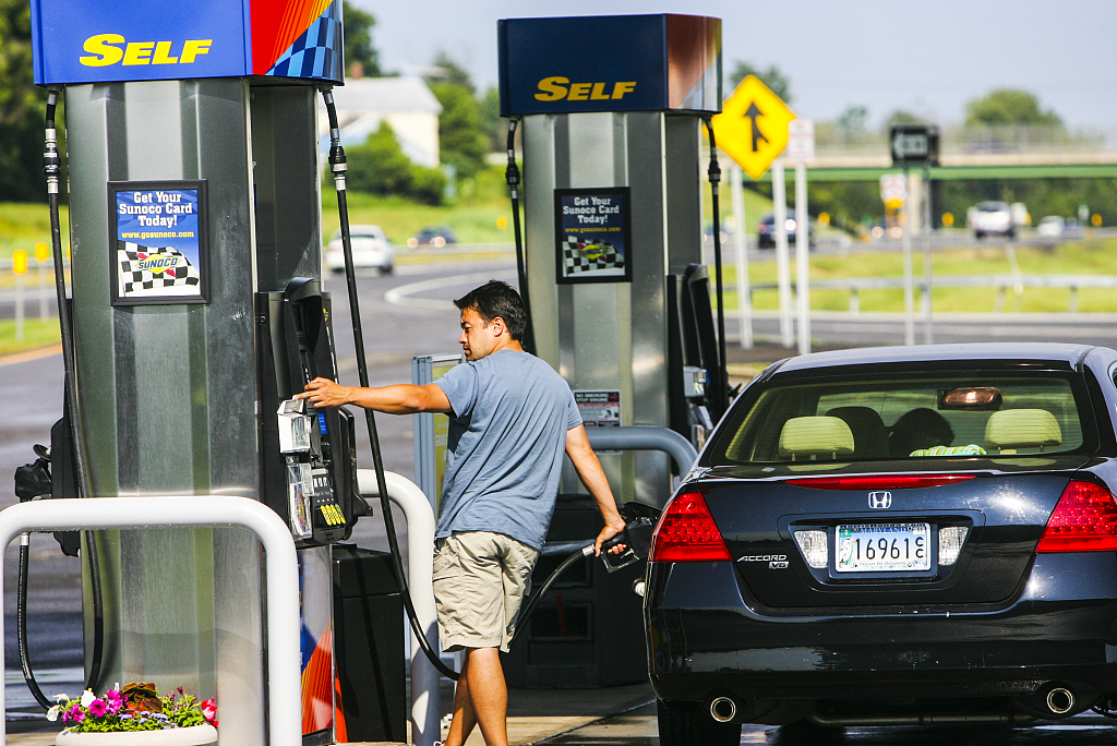 US gasoline price continues upward trend