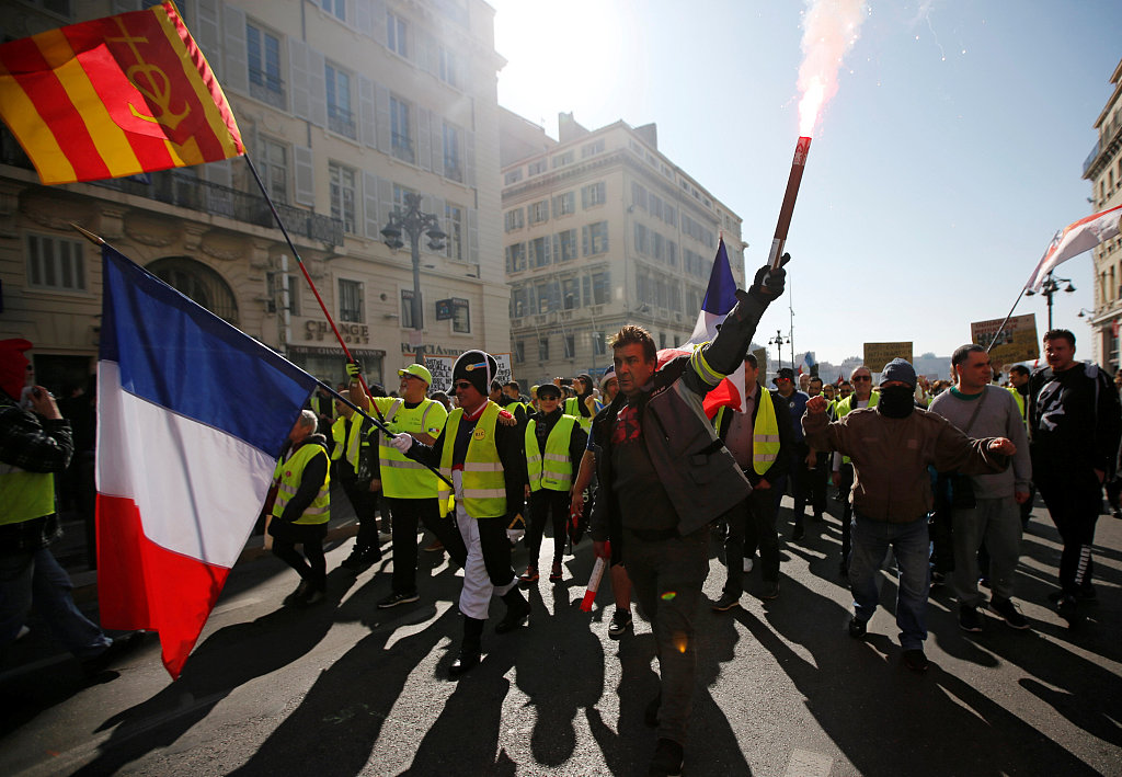 UN urges French probe into use of force against 'yellow vests'