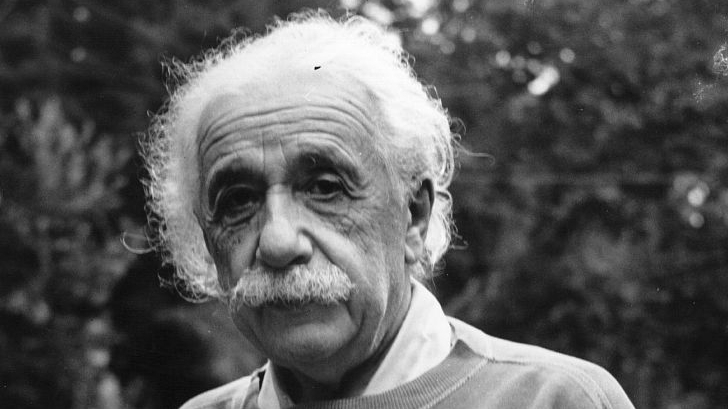 Einstein 'puzzle' solved as missing page emerges