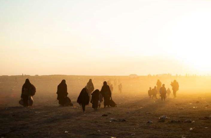 In Syrian riverside camp, IS clings to last scrap of 'caliphate'