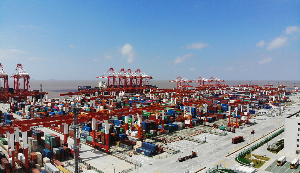 China's foreign trade picks up growth momentum: official