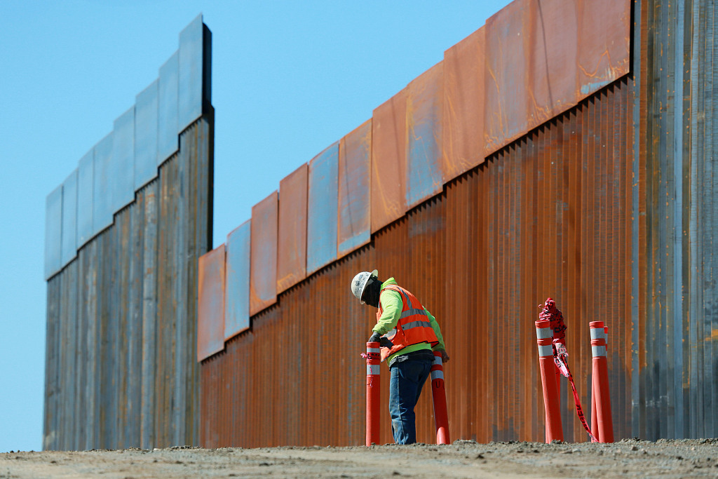 Trump reviving his border wall fight with new budget request