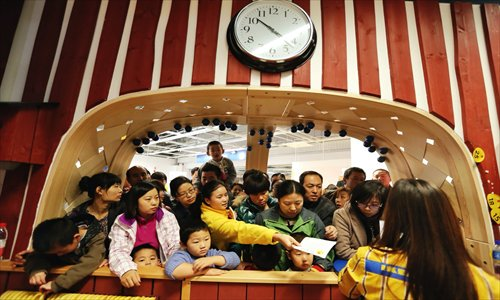 Adviser urges under-3 yrs child care services as parenting burden powers birth rate