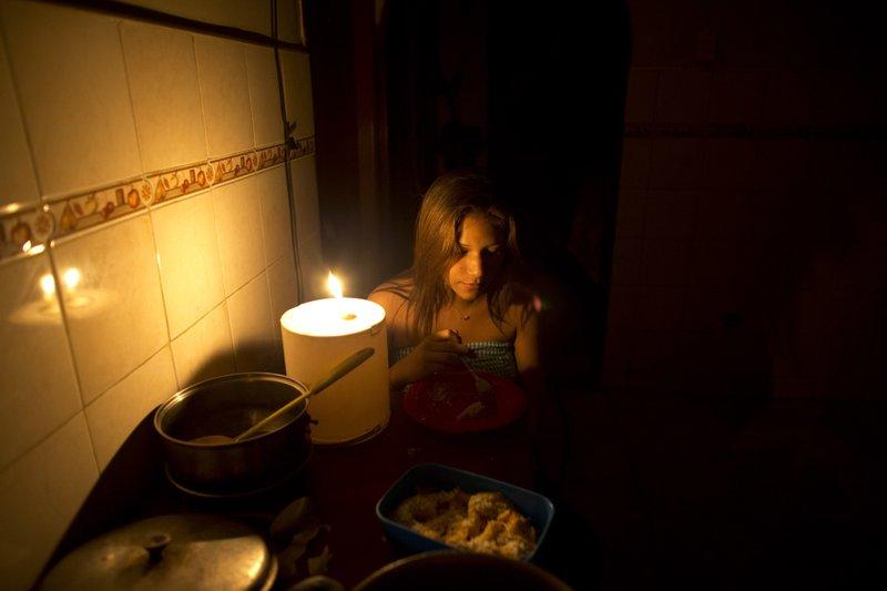 Venezuela unveils measures to deal with lengthy blackout