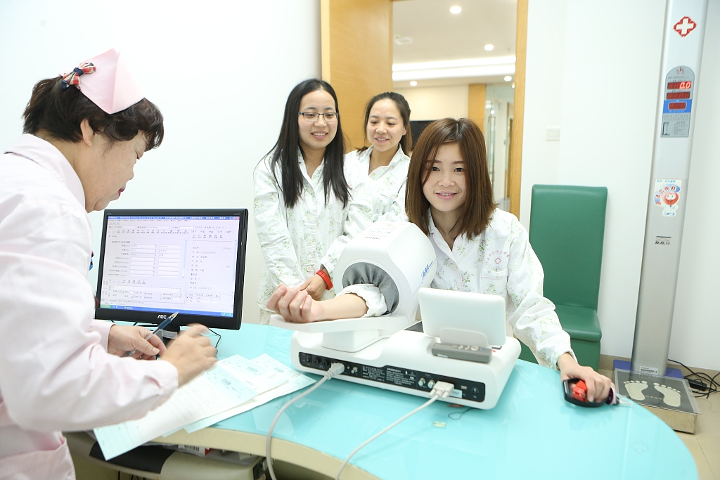 1.7 mln Chinese enjoy direct settlement of trans-provincial medical expenses