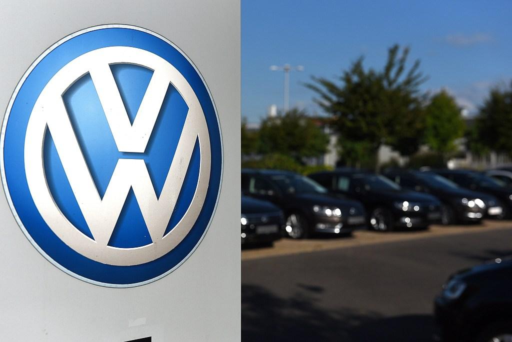 US regulators sue VW over emissions scandal