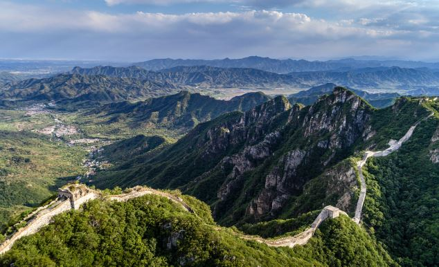 China to establish first Great Wall restoration center