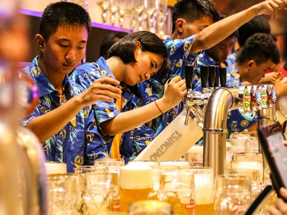 All-night bars given the go-ahead in Hainan