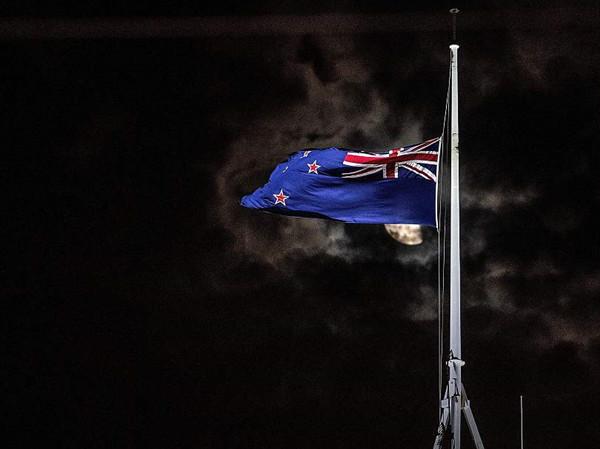 Social media remove shooting video of NZ terror attacks