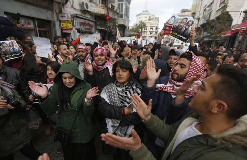 Palestinian factions support popular protests against high living expense in Gaza