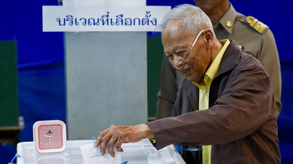Thailand's early voting kicks off with crowds, long lines