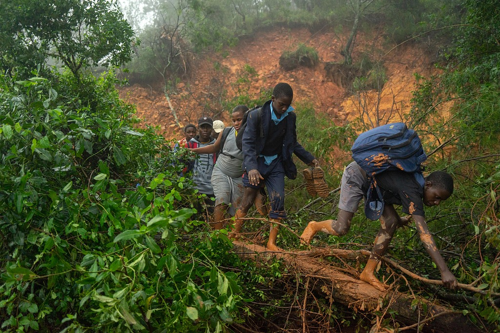 Death toll from tropical cyclone Idai in Zimbabwe rises to 31