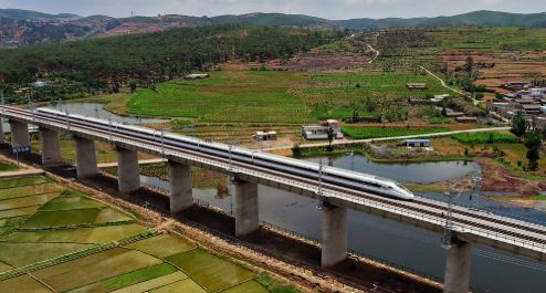 Rail line linking tourist hot spots to open next year