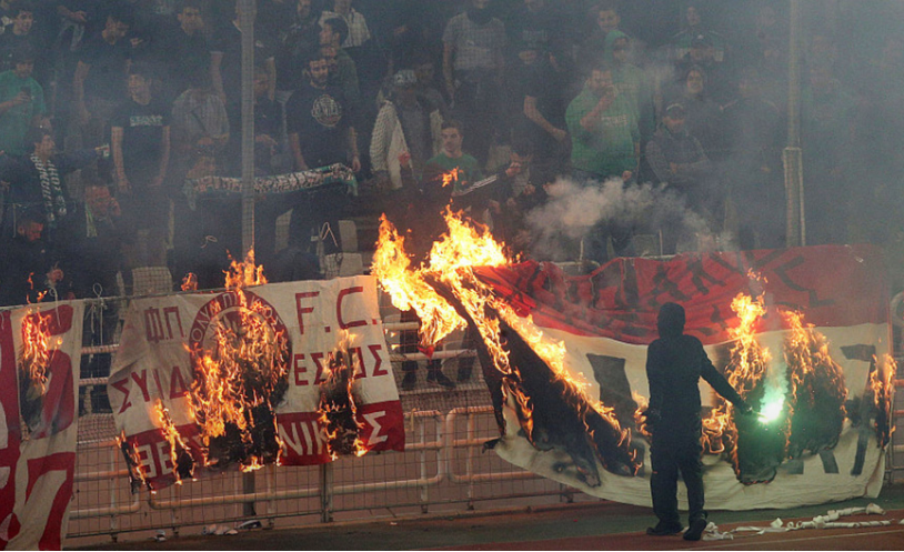 Panathinaikos fans attack players, game abandoned