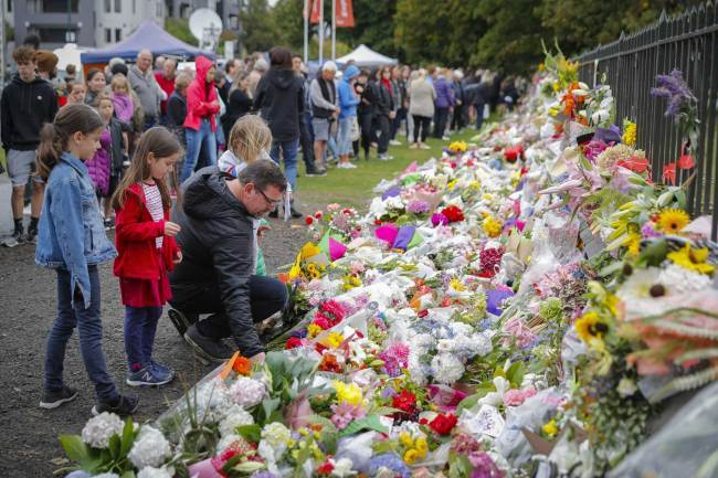 NZ pledges gun control as mosque 'gunman' sacks lawyer