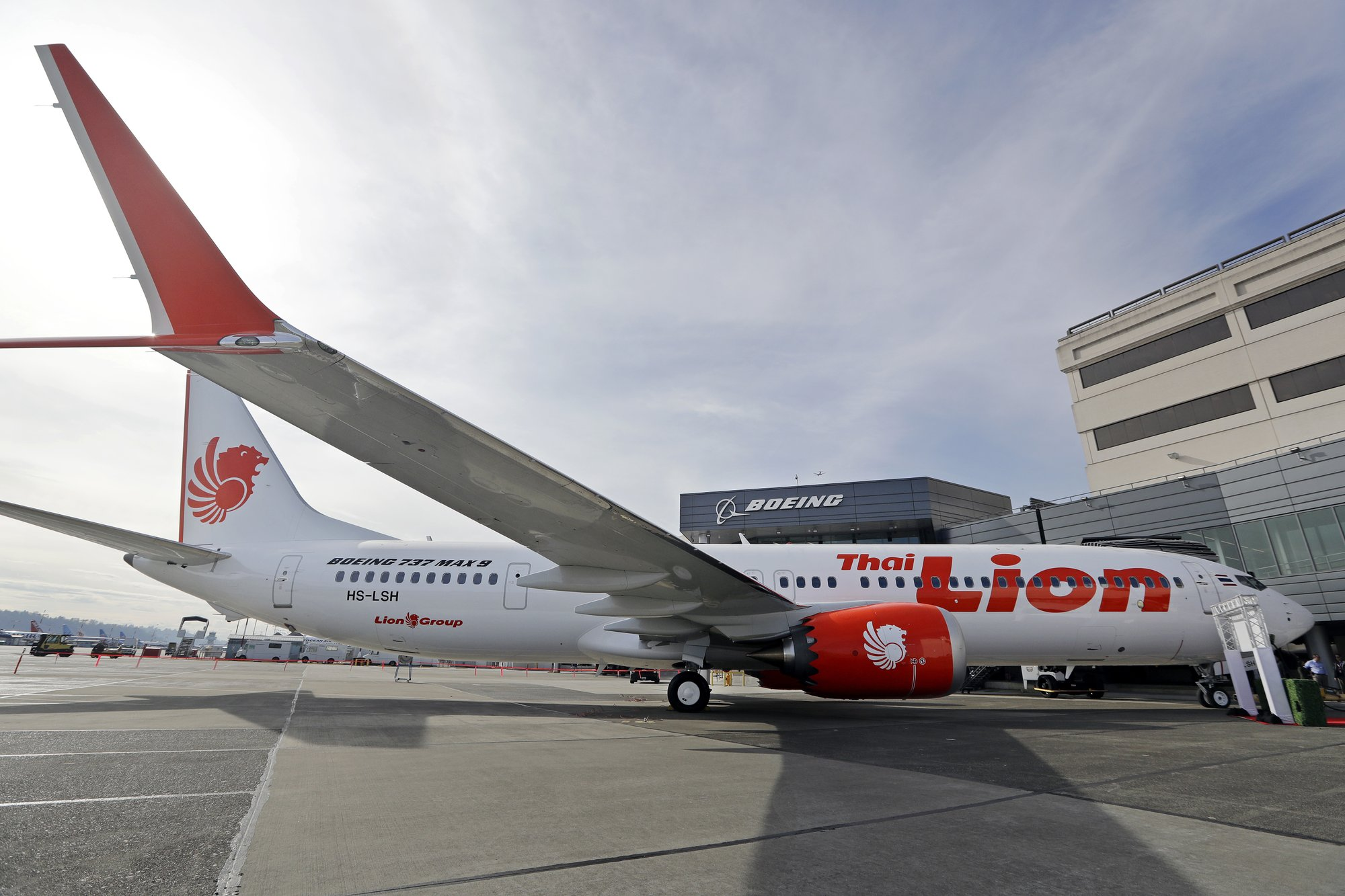 French aviation experts see clear links in 2 Boeing crashes