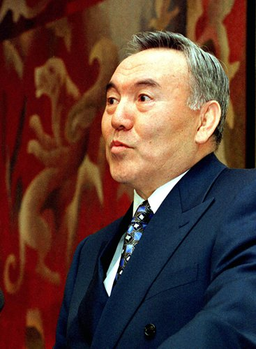 China has full confidence in future relations with Kazakhstan: FM