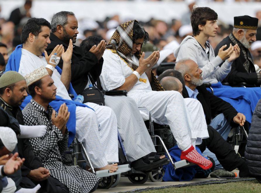 Mahathir: Muslims need new ways to reduce hatred