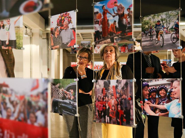 Exhibition 'Photographic Journey to China: Cities and Citizens' held in Italy