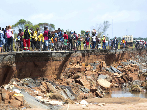 Cyclone death toll feared to rise in Mozambique