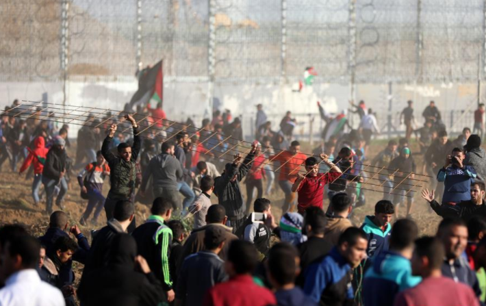 4 injured in night clashes with Israeli soldiers in eastern Gaza: medics