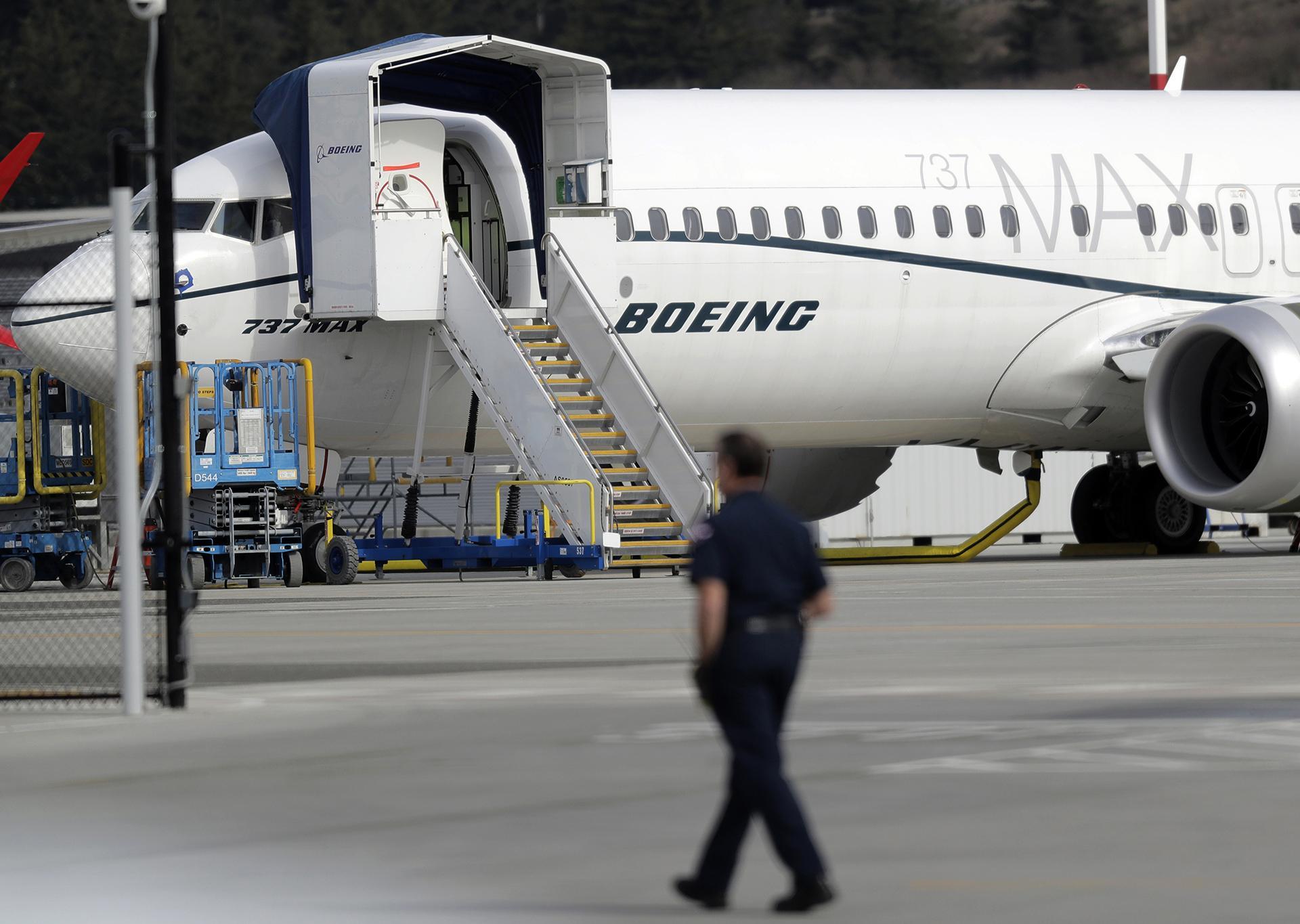 Boeing 737.jpg