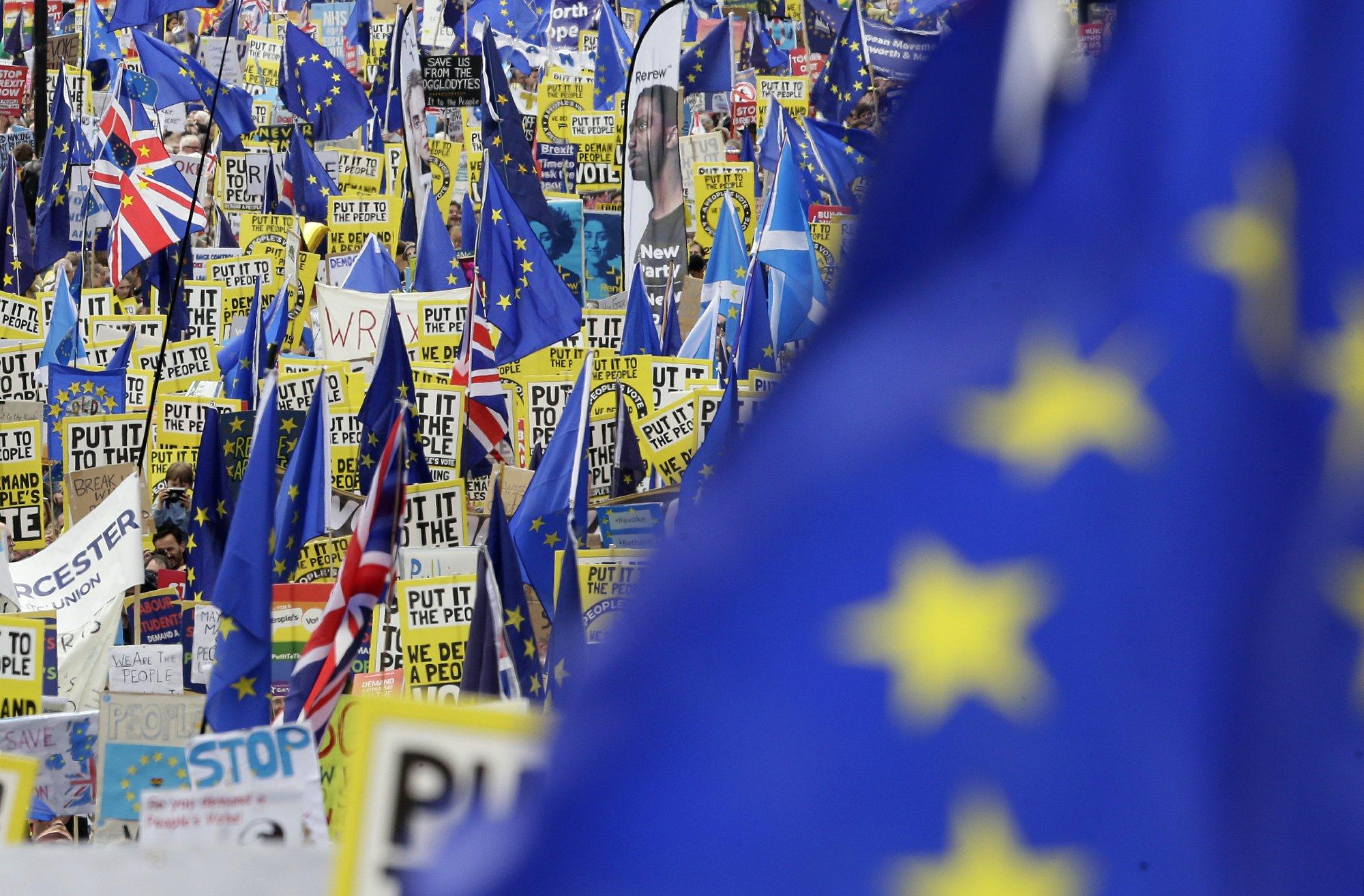 UK Parliament votes to consider Brexit alternatives