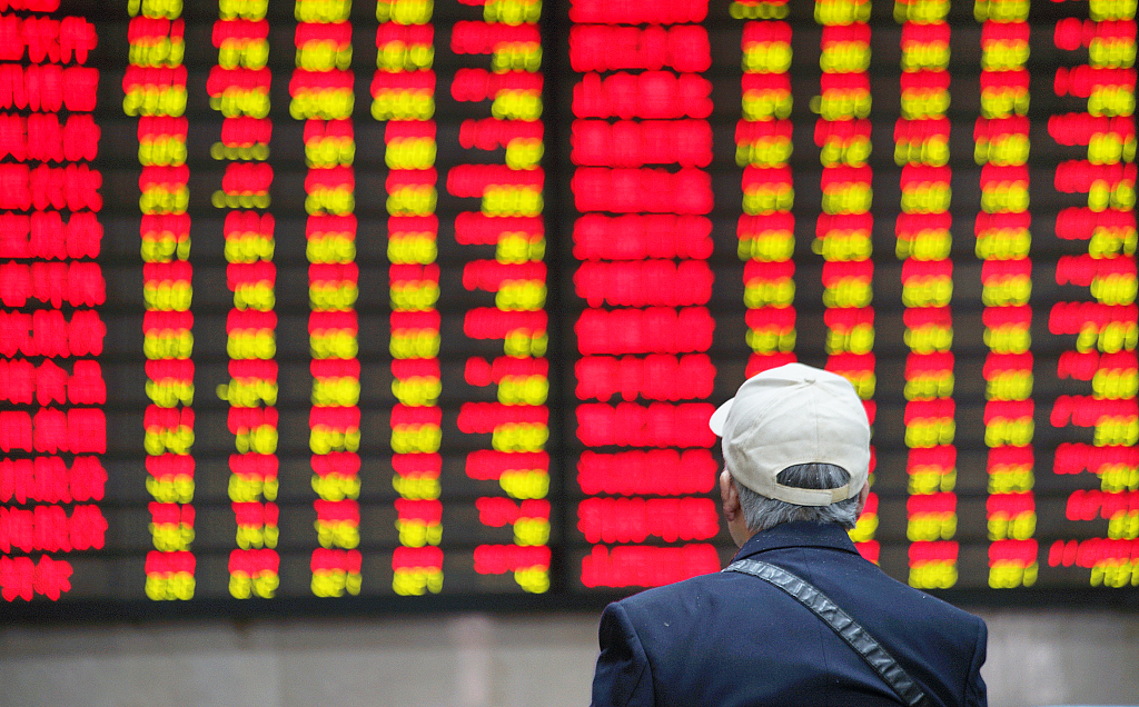 Asian markets mostly up but traders fret over global outlook