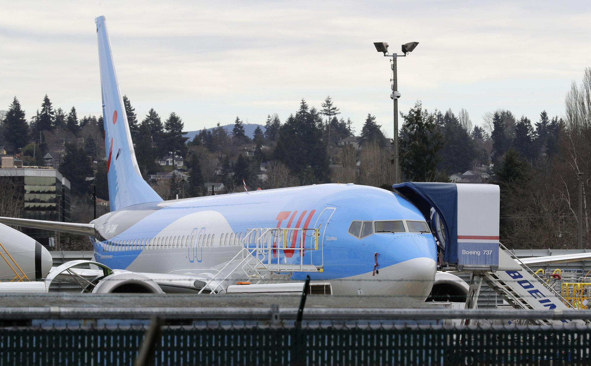 Boeing 737 Max plane makes emergency landing in US city of Orlando