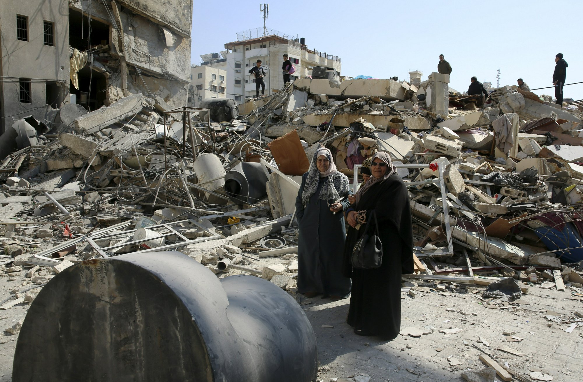 Egyptian cease-fire mediators shuttle between Israel, Gaza