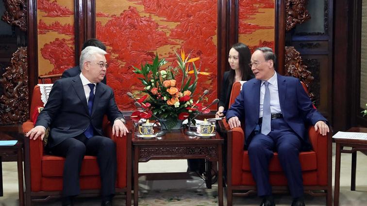 VP: China, Kazakhstan serve as model of good neighborliness and mutual benefit